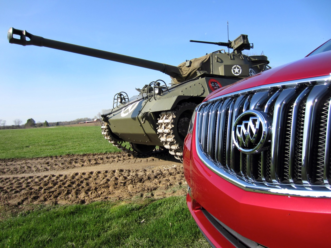 Buick hellcat tank destroyer ww ii hot rod car guy chronicles buick production lines have been rolling for 110 consecutive years but for a short period during world war ii the vehicles produced looked decidedly fandeluxe Gallery