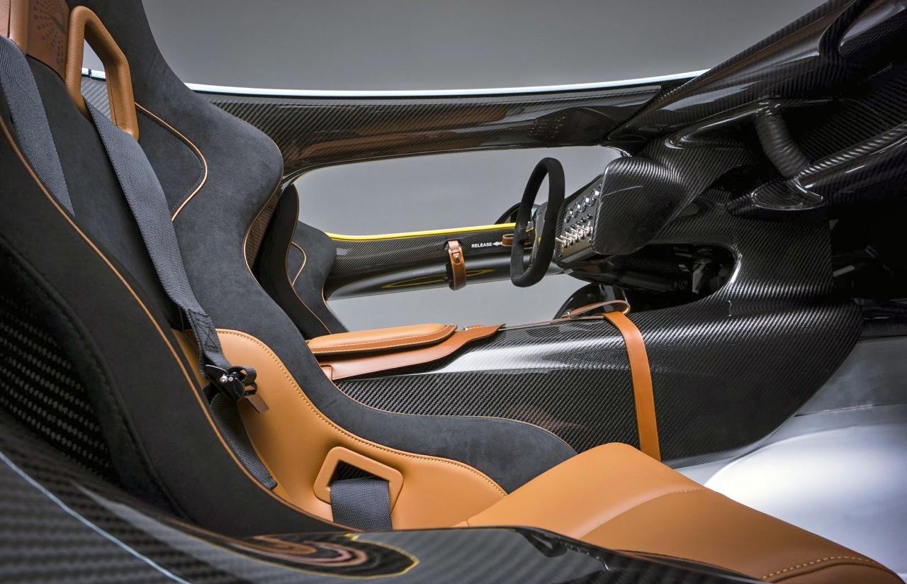 aston martin cc100: stunning speedster! - car guy chronicles