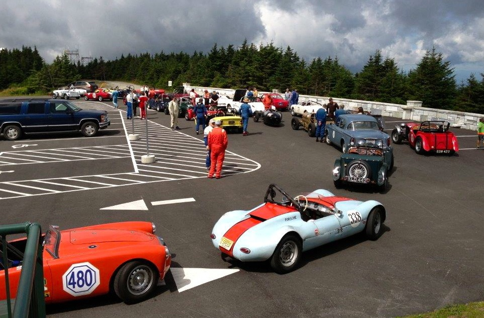 CAFÉ RACER\'S PORSCHE SPYDER: MT. EQUINOX! - Car Guy Chronicles