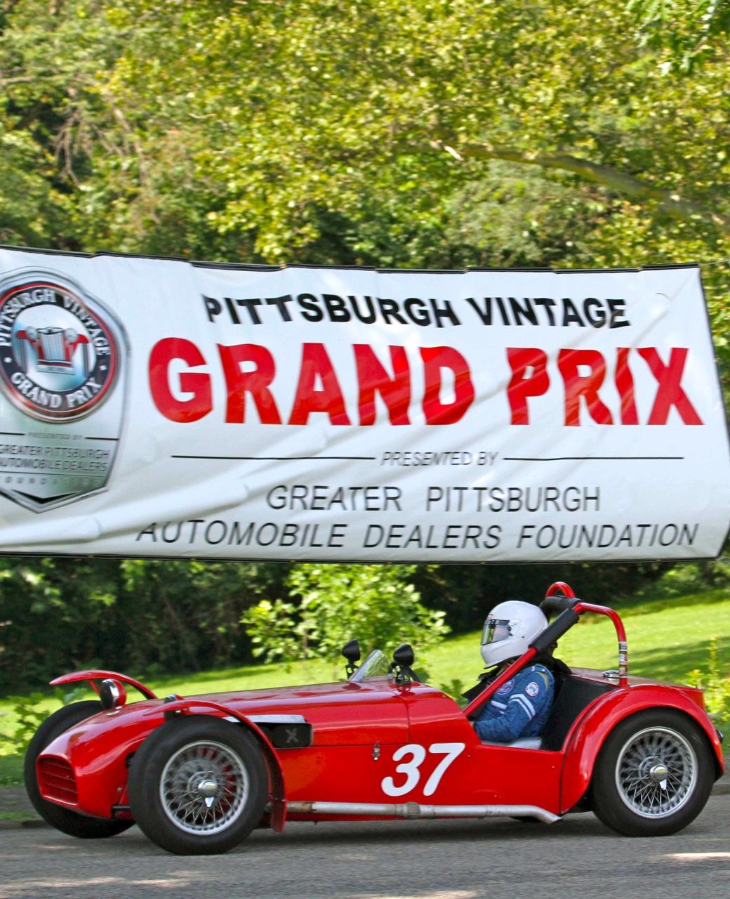 SCHENLEY PARK: PITTSBURGH VINTAGE GRAND PRIX! - Car Guy Chronicles