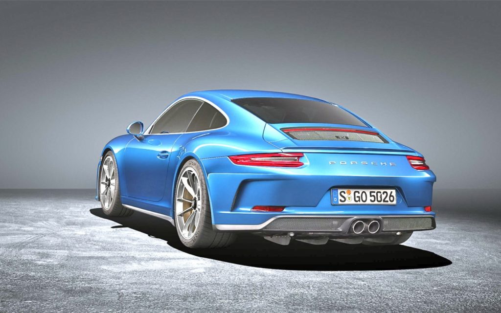 TOURING PACKAGE: PORSCHE 911 GT3!