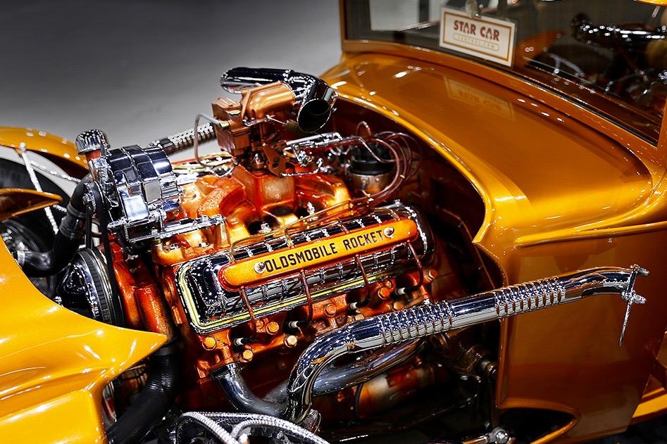 CLASSIC AUTO SHOW: MOTORS & MYSTERY IN LA!