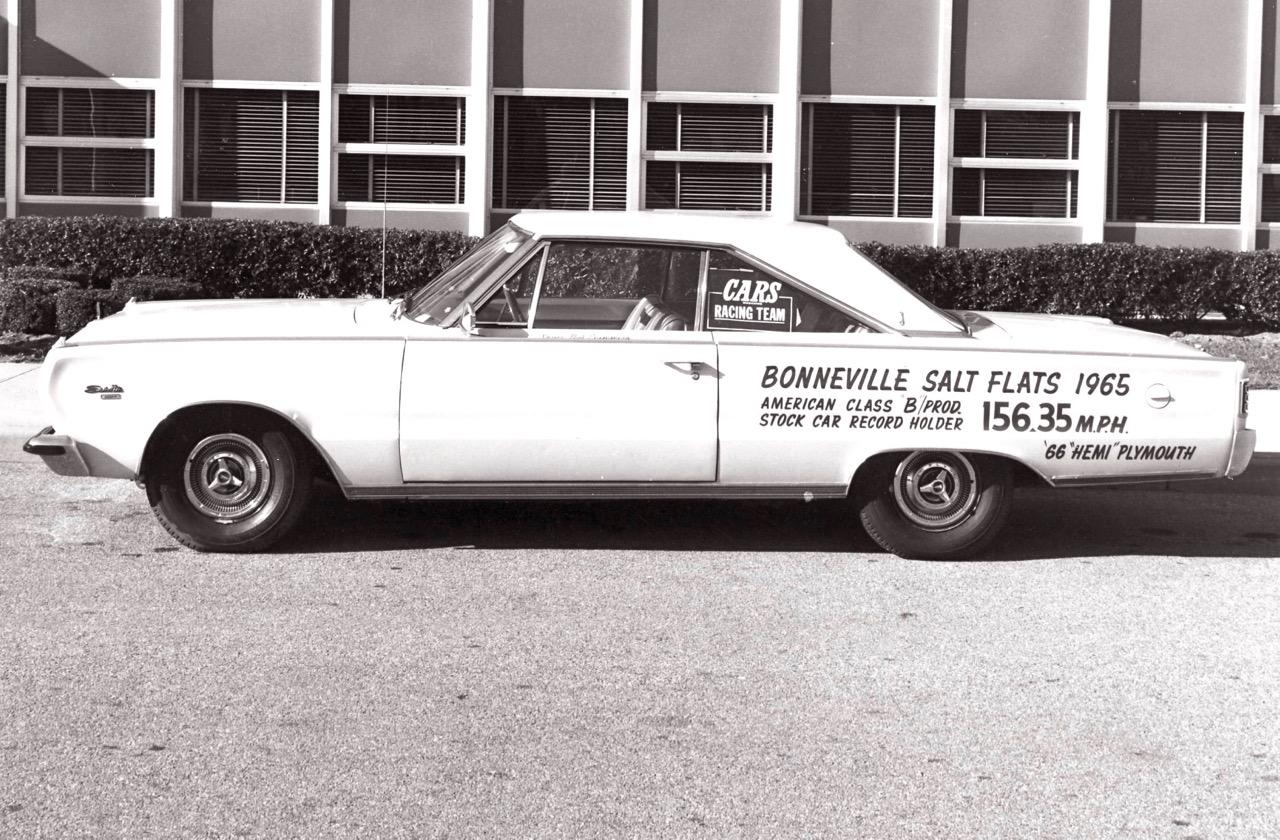 '66 PLYMOUTH STREET HEMI: BONNEVILLE TO SUBURBIA!