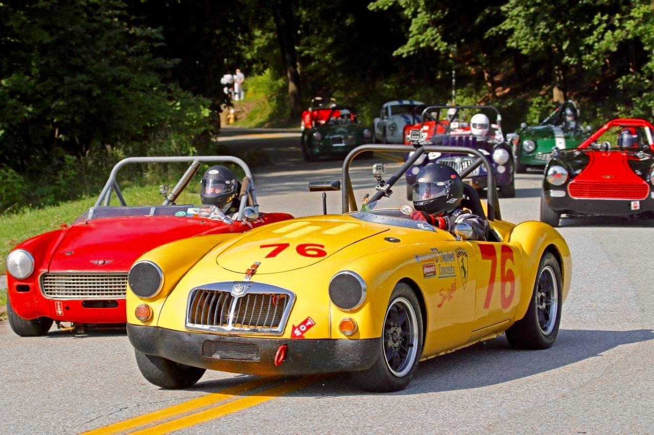 HISTORIC RACING: PITTSBURGH VINTAGE GRAND PRIX!