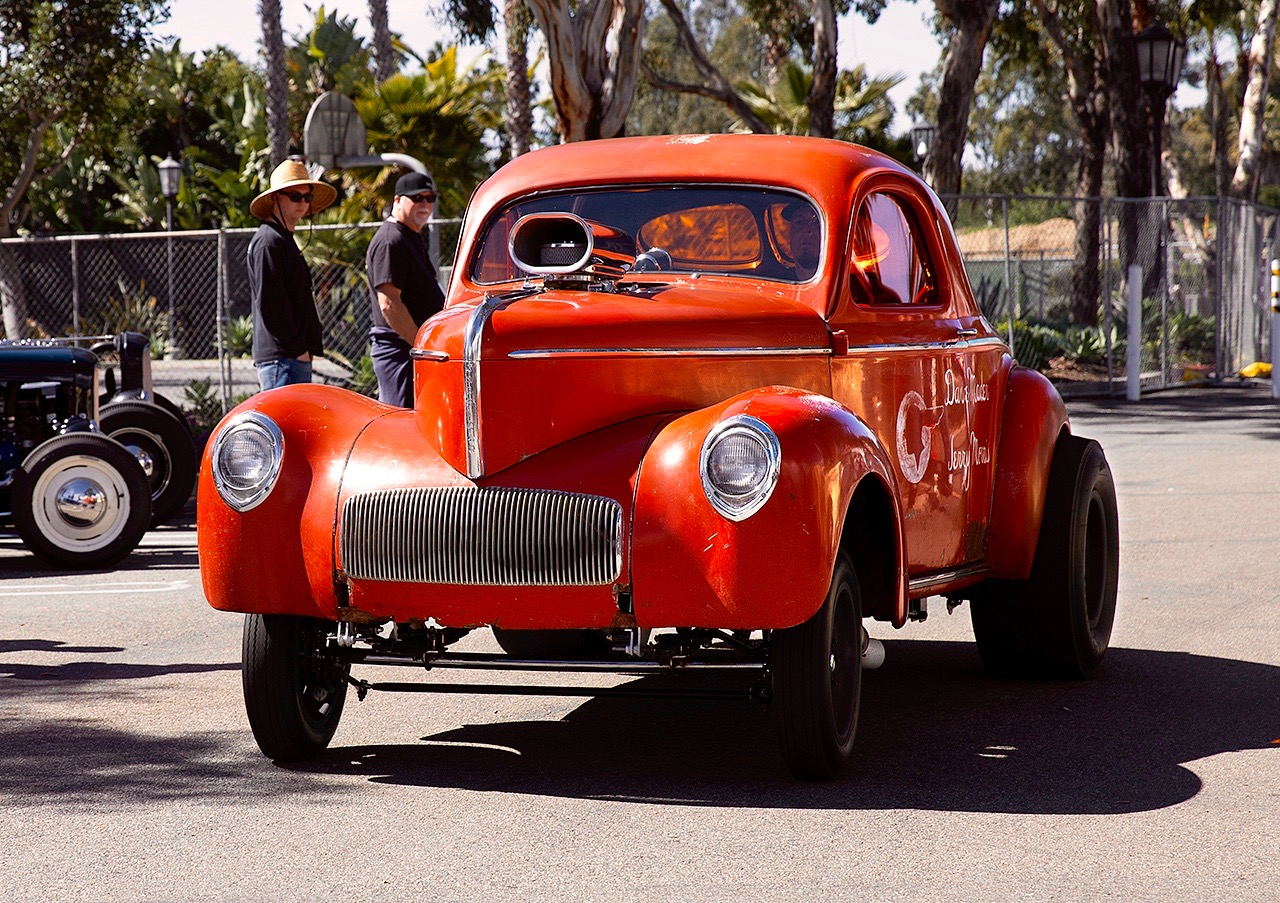 SANTA BARBARA DRAGS: THE RACE OF GENTLEMEN (WEST)!