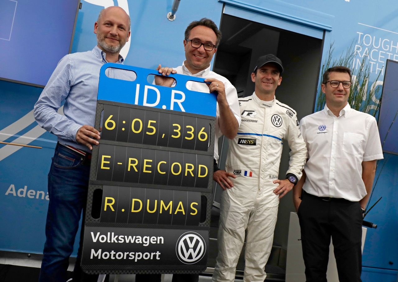 """VW ID.R SETS E-RECORD ON THE """"RING!"""