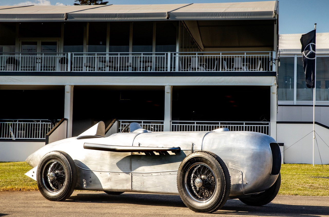 PEBBLE BEACH: '32 MERCEDES-BENZ SSKL!