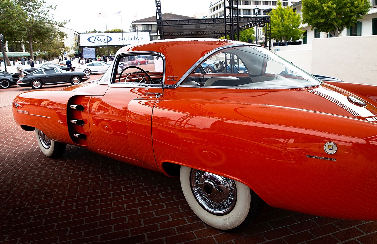 MONTEREY MADNESS: AUCTION ACTION!