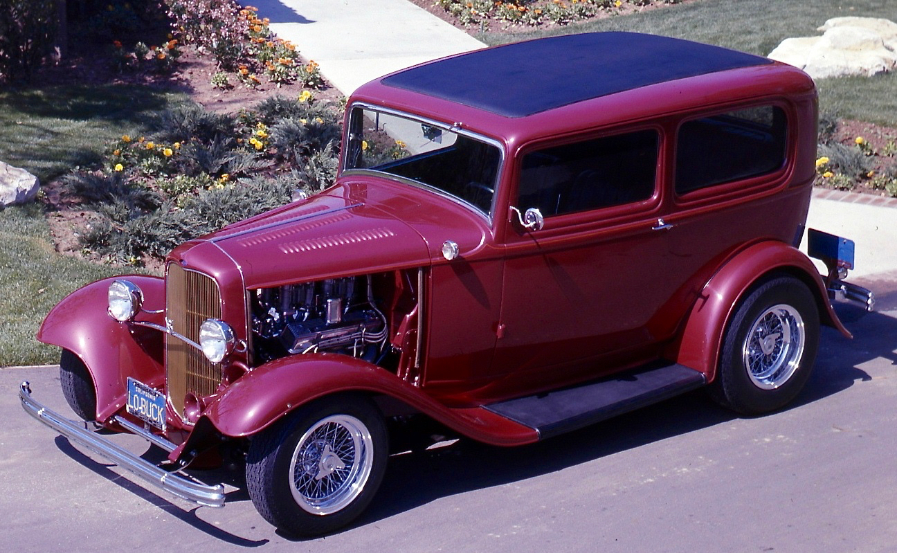 '32 FORD: BLUE PLATE SPECIAL