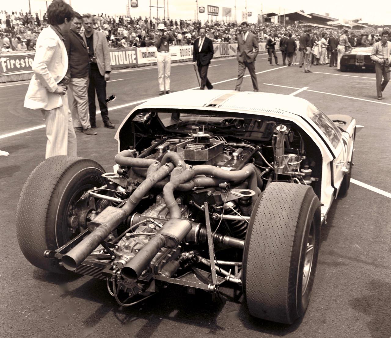 GT40: FORD THAT BEAT FERRARI